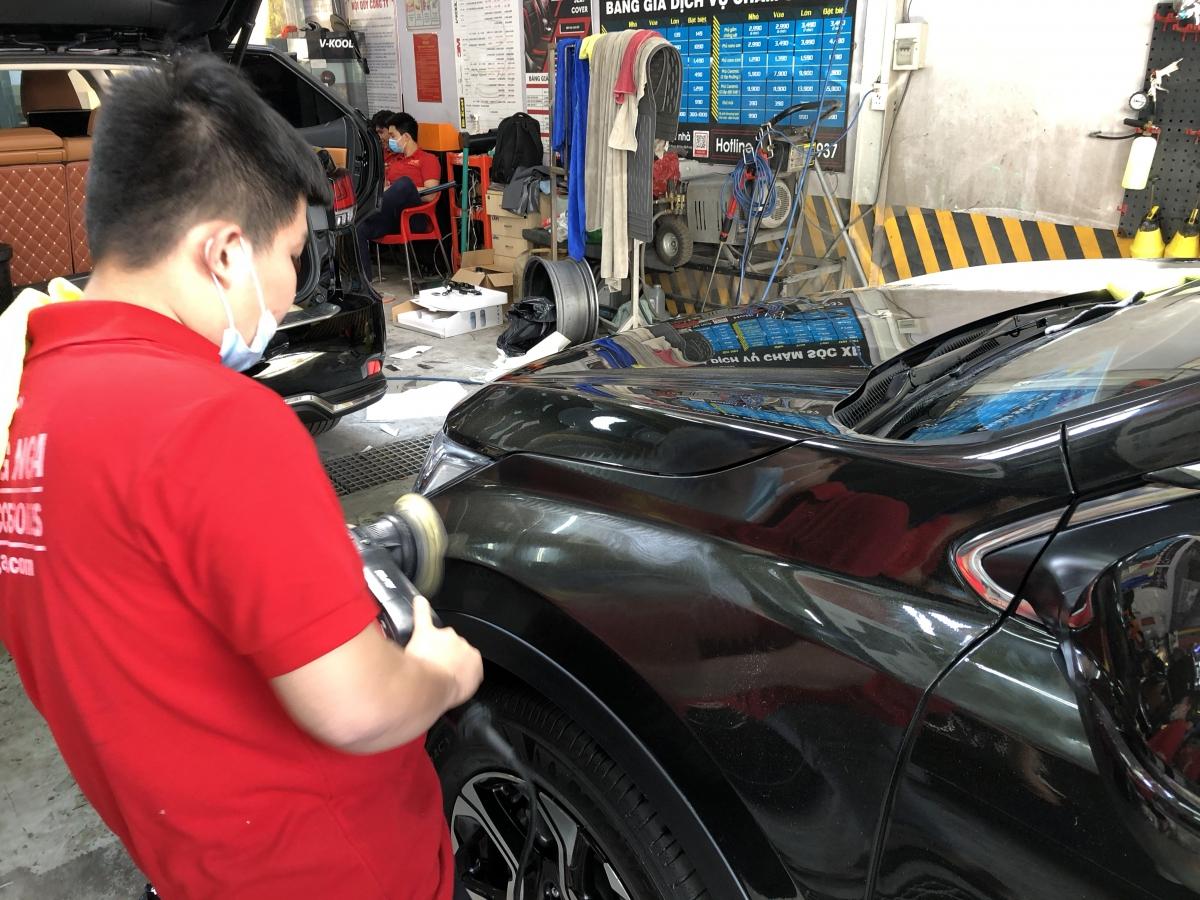 đánh bóng sơn xe